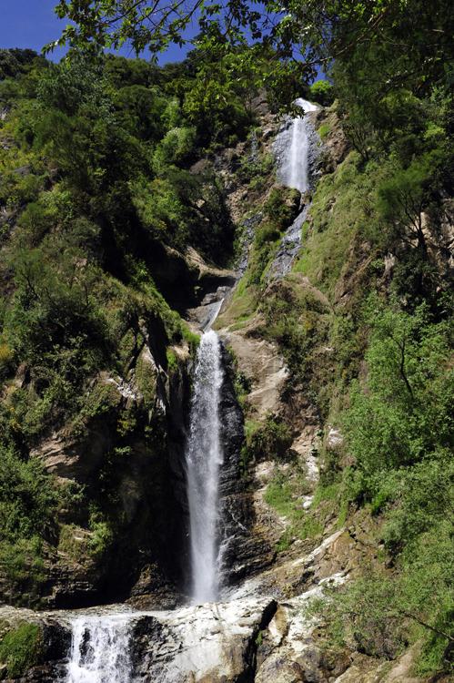 atitlan-waterfall