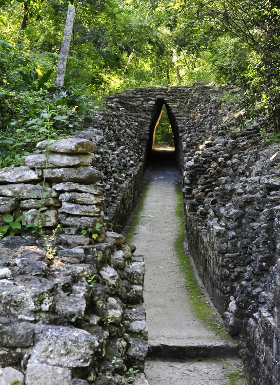 becan-walkway