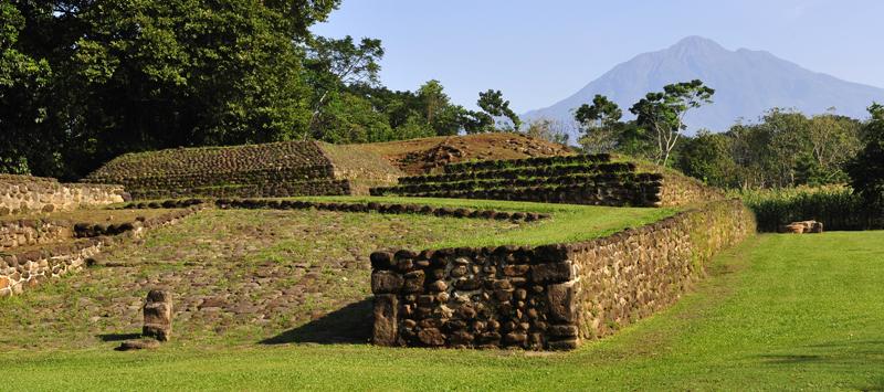 izapa-group-f-and-tacana-volcano